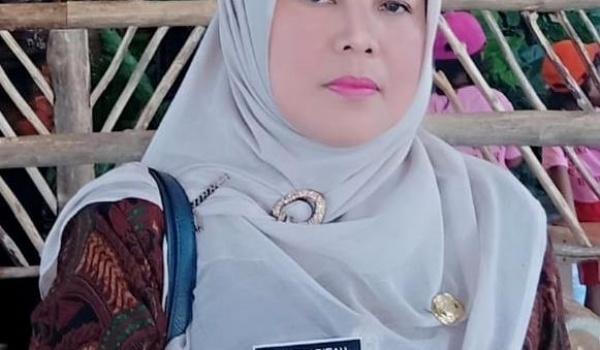 Sambutan Kepala SMA Negeri 1 Salaman (Dr.Ety Syarifah, M.Pd) mengenai Kelulusan Tahun Ajaran 2019 / 2020
